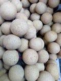 Grupp av Longanfrukt royaltyfri fotografi