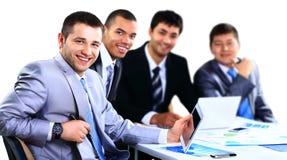 Grupp av lyckligt ungt affärsfolk Arkivfoton