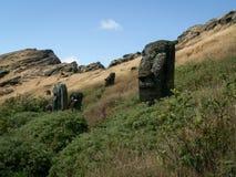 Grupp av Moai i barnkammare Royaltyfri Foto