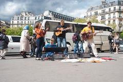 Grupp av musiker fyra i Paris Royaltyfri Foto