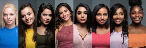 Grupp av olika tonåriga flickor arkivfoton