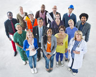 Grupp av olikt multietniskt folk med olika jobb Royaltyfria Bilder