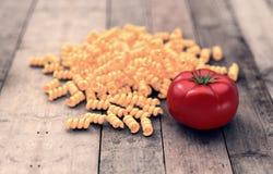 Grupp av pasta med tomaten Royaltyfri Illustrationer