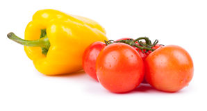 Grupp av röda körsbärsröda tomater Royaltyfri Bild
