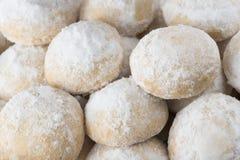 Grupp av söta Eid Cookies med socker Arkivfoton