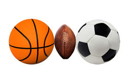 Grupp av sportbollar på en vit Royaltyfri Fotografi