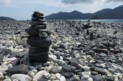 Grupp av stenar på den Hin-Ngarm ön Fotografering för Bildbyråer