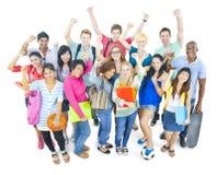 Grupp av studenten i universitet royaltyfri bild