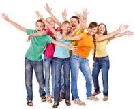 Grupp av teen folk. Arkivfoto