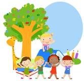 Grupp av ungar och böcker Arkivbild