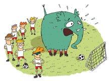 Grupp av ungar som gör gyckel av en elefant på ett fotbollfält vektor illustrationer