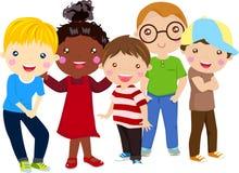 Grupp av ungar som har gyckel Royaltyfri Bild