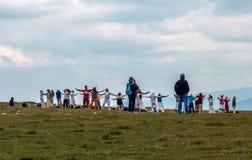 Grupp av vitt brödraskap, sju Rila sjöar i Bulgarien Fotografering för Bildbyråer