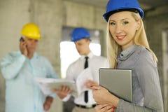 Grupp av yrkesmässiga konstruktionschefer arkivfoton