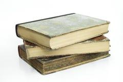 Gruppe alte alte Bücher mit lokalisiertem Hintergrund Lizenzfreie Stockbilder