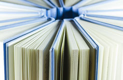 Gruppe blaue Bücher Lizenzfreie Stockfotos