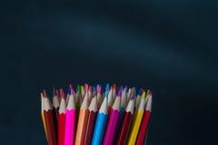 Gruppe bunte geschärfte Bleistifte Lizenzfreies Stockbild