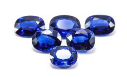 Gruppe der blauen Saphire stockfotos