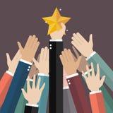 Gruppe der Hand erreichend für den Stern Lizenzfreies Stockfoto