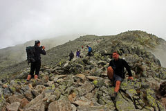 Gruppe des Bergsteigers in Tatra-Bergen Stockfoto