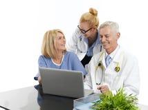 Gruppe des erfolgreichen Ärzteteams Lizenzfreie Stockbilder