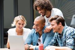 Gruppe des Studentenarbeitens Lizenzfreie Stockfotos
