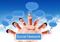 Gruppe Fingergesichter als Sozialnetz Lizenzfreies Stockbild