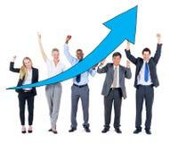 Gruppe Geschäftsleute auf Wirtschaftsaufschwung Stockfotos