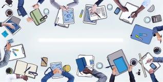 Gruppe Geschäftsleute, die eine Sitzung haben Lizenzfreie Stockbilder