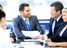 Gruppe glückliche Geschäftsleute Lizenzfreie Stockbilder