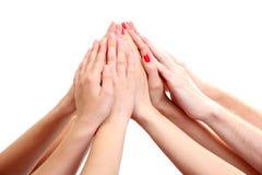 Gruppe Hände der jungen Leute Lizenzfreies Stockbild