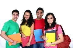 Gruppe indische Studenten Stockfotos