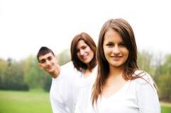Gruppe Jugendliche stockbilder