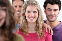 Gruppe junge Erwachsene stockfoto