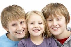 Gruppe Kinder im Studio Lizenzfreies Stockfoto