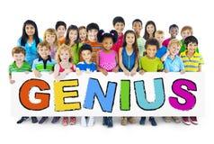 Gruppe Kinder mit Genie-Konzept stockbilder