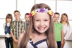 Gruppe lächelnde Kinder Lizenzfreies Stockbild