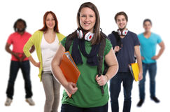 Gruppe lächelnde Leute der Studenten lokalisiert stockfoto