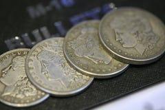 Gruppe Münzen für Magier Stockbild