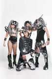 Gruppe moderne Tänzer, die am Studio tanzen Stockfotografie