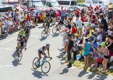 Gruppe Radfahrer auf Col. du Glandon - Tour de France 2015 Stockfotos