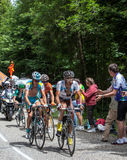 Gruppe Radfahrer auf Col du Granier Stockfotos