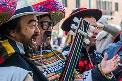 Gruppe Sänger am Karneval auf Venedig Italien Stockfotografie