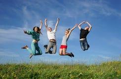 Gruppe springende Leute Stockbilder