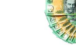 Gruppe von 100 australischen Anmerkungen des Dollars über weißen Hintergrund haben Kopienraum für gesetzten Text Stockfotografie