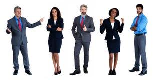 Gruppe von 5 kaukasisch und afrikanisch und lateinamerikanischer Geschäftsmann und Geschäftsfrau stockfotografie