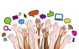 Gruppe von Personen, die Fragen stellt Lizenzfreie Stockfotos