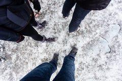Gruppe von Personen mit dem Schnee, der acessories, Draufsicht, Patagonia wandert Lizenzfreie Stockfotos