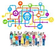 Gruppe von Personen mit Familien-Sicherheits-Konzept Lizenzfreies Stockbild