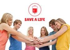 Gruppe von Personen und Blutspendenkonzept lizenzfreies stockbild